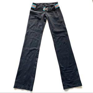 Lululemon Athletica Belt It Out Black Yoga Pants 4
